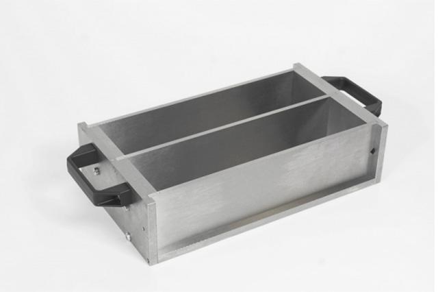 Prism mould 25x25x280 mm to UNI