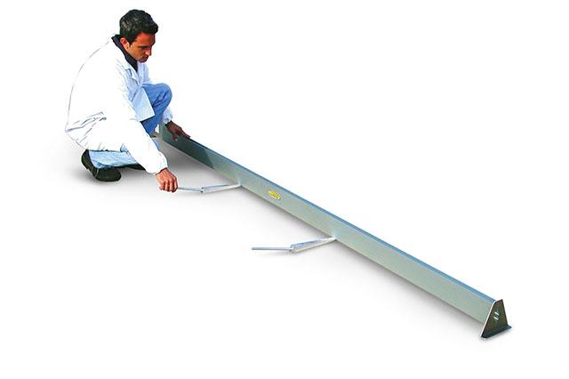 Straight Edge (3 Meters)
